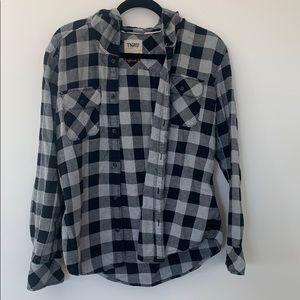 Aritzia TNA Grey and black plaid shirt